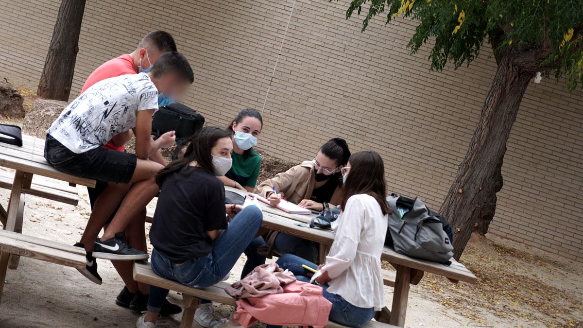 alumnado enproyecto de economía del bien común